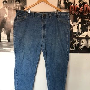 carhartt relaxed fit plus sized men's jeans 52x30